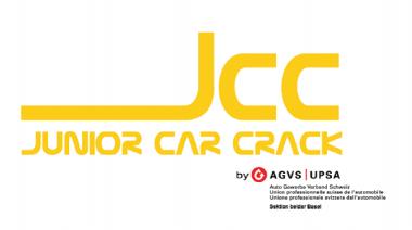 Junior Car Crack